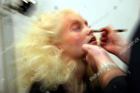 Elyse Taylor backstage at Baby Phat by Kimora Lee Simmons