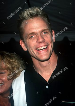 """05/18/00 New York City FOX TV presents their Fall 2000 line-up. Christopher Titus from """"Titus"""" . Photo by ®Evan Agostini / BEI BEI-AE"""