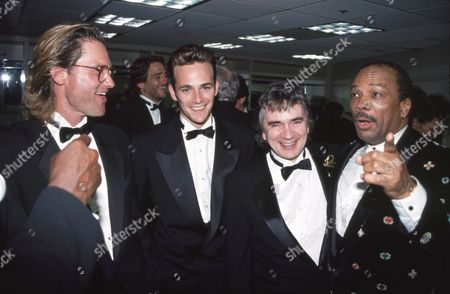 Stock Photo of Kurt Russell, Luke Perry, Dudley Moore, Quincy Jones