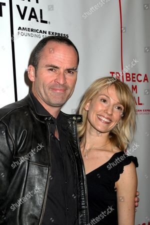 Mark Derwin, Petra Wright