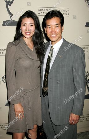 Peter Kwong, wife