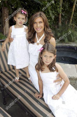 Julie Moran and daughters