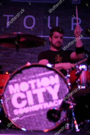 Stock Picture of Tony Thaxton of Motion City soundtrack