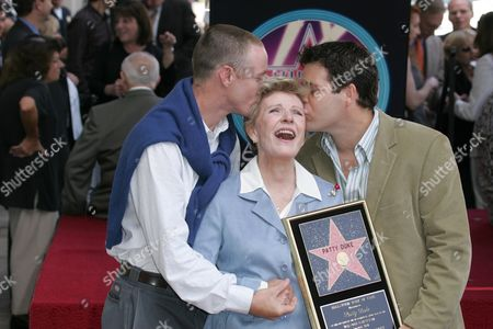 Mackenzie Astin , Patty Duke and Sean Astin