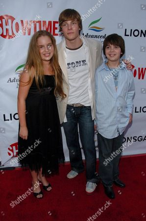 Allie Grant with Hunter Parrish and Alexander Gould