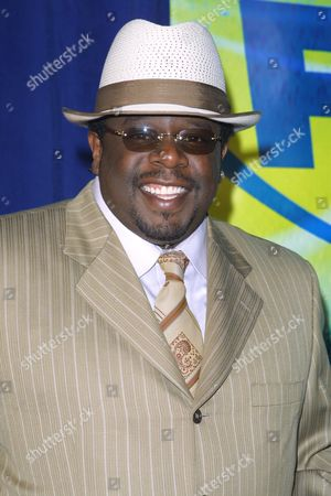 """Cedric """"The Entertainer"""" Kyles (""""Cedric The Entertainment Presents"""") at the FOX Televison Network 2002-2003 Upfront Presentation after-party at Pier 88 in New York City on May 16, 2002.  Manhattan, New York  Photo® Matt Baron/BEI"""