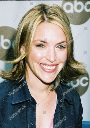 5/15/01  New York Jennifer Crystal ABC Television Network's 2001-2002 Prime-Time Schedule at the New Amsterdam Theatre in New York. Photo®Matt Baron/BEI