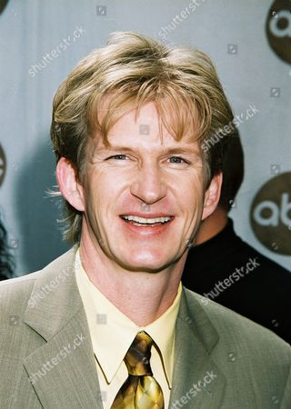 5/15/01  New York Bill Brochtrup ABC Television Network's 2001-2002 Prime-Time Schedule at the New Amsterdam Theatre in New York. Photo®Matt Baron/BEI