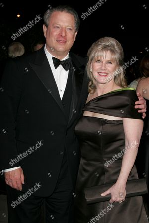 Al Gore and Tipper Gore