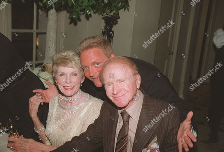 Janet Leigh, Eric Douglas, Red Buttons
