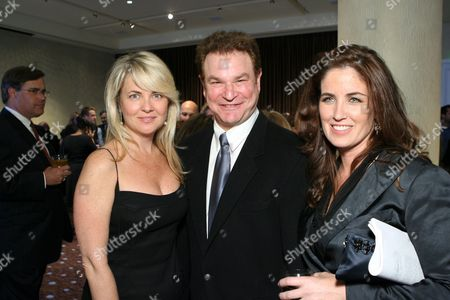 Stock Picture of Cornelia Guest, Robert Wuhl and Elizabeth Callendar