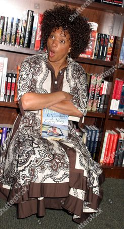 Editorial photo of Terry McMillan Book Signing