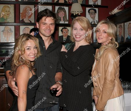 Jennifer Cody, Hunter Foster, Nancy Opel, Jane Krakowski