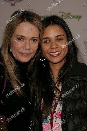 Peggy Lipton and daughter Kidada Jones