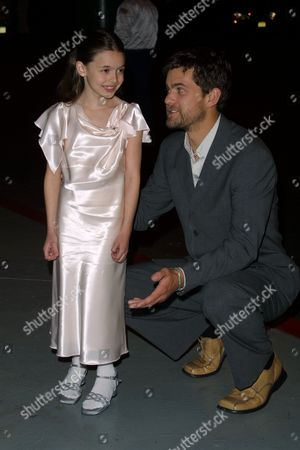 """Newcomer Vivien Cardone (""""Everwood"""") is starstruck by """"Dawson's Creek"""" star Joshua Jackson as they both are arriving to the WB Television Network 2002-2003 Upfront Presentation after-party at The Lighthouse, Chelsea Piers in New York City on May 14, 2002.  Manhattan, New York  Photo® Matt Baron/BEI"""