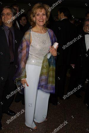 Karen Mason at the 2002 Drama Desk Awards at F.H. LaGuardia High School in New York City on May 19, 2002. (She is wearing Pamela Dennis).  Manhattan, New York  Photo® Matt Baron/BEI