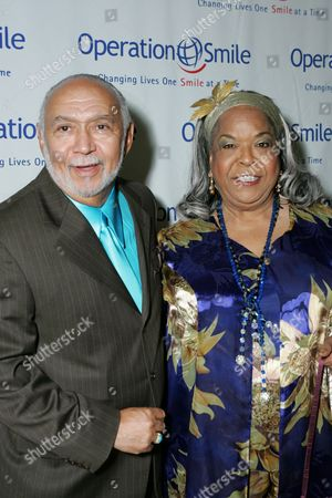 Stock Picture of Franklin Lett and Della Reese