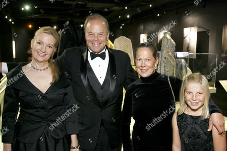 Jean Dickinson, Reggie Sully, Adrienne Carrere and Haley Carrere