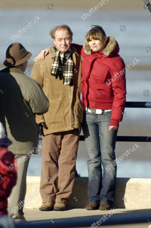 Neville Buswell ( Ray Langton ) with Kate Ford ( Tracy Barlow )