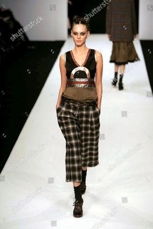 Camilla Staerk Autumn / Winter 2005 collection