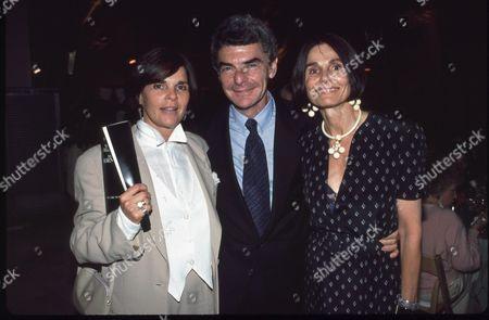 Ali Macgraw, Richard Benjamin and Paula Prentiss
