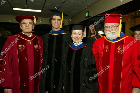 Frank Price, Jay Roach, Dean Elizabeth Daley and Saul Zaentz