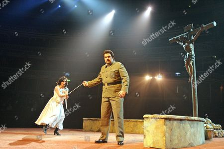 'Carmen' opera - Victoria Simmonds ( Carmen ) and John Hudson ( Don Jose )