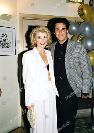 Beth Broderick and Jonathan Silverman