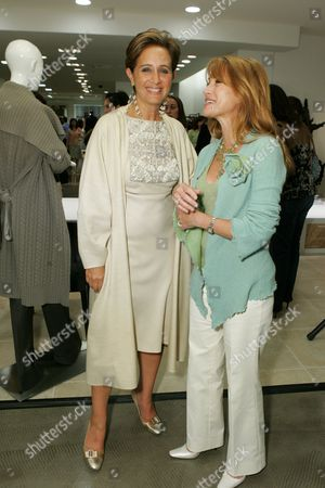 Stock Picture of Jane Seymour and Designer Rebecca Moses