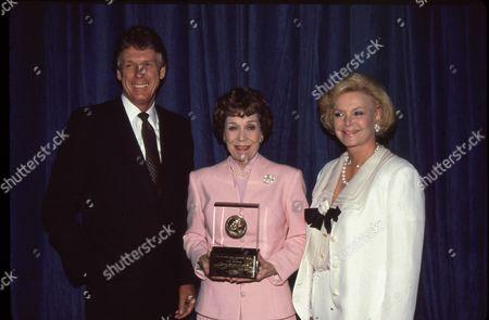 Nolan Miller, Jane Wyman, Barbara Sinatra