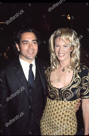 Kelly Lynch and husband Mitch Glazer