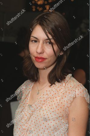 """20000621  Beverly Hills, CA Sofia Coppola at the Harper's BAZAAR """"Who's Who in July"""" party and dinner hosted by Harper's BAZAAR Editor-in-Chief Kate Betts and held at Mr. Chow's. Photo®Alex Berliner/BEI      A006190-4"""