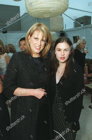 """20000621  Beverly Hills, CA Harper's BAZAAR Editor-in-Chief Kate Betts and Anna Paquin  at the Harper's BAZAAR """"Who's Who in July"""" party and dinner hosted by Harper's BAZAAR Editor-in-Chief Kate Betts and held at Mr. Chow's. Photo®Alex Berliner/BEI     A006175-22a"""