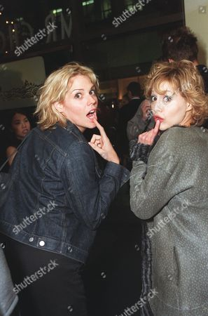 """20000621  Beverly Hills, CA Mary McCormack and Brittany Murphy  at the Harper's BAZAAR """"Who's Who in July"""" party and dinner hosted by Harper's BAZAAR Editor-in-Chief Kate Betts and held at Mr. Chow's. Photo®Alex Berliner/BEI      A006178-18"""
