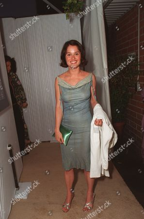 """20000621  Beverly Hills, CA Robin Tunney at the Harper's BAZAAR """"Who's Who in July"""" party and dinner hosted by Harper's BAZAAR Editor-in-Chief Kate Betts and held at Mr. Chow's. Photo®Alex Berliner/BEI      A006182-27"""