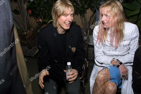 2-21-01  Los Angeles, CA The 43rd Annual Grammy Awards