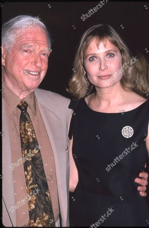 Editorial picture of Author Sidney Sheldon dies at 89