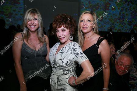 Irena Medavoy, Lynda Resnick and Lauren King