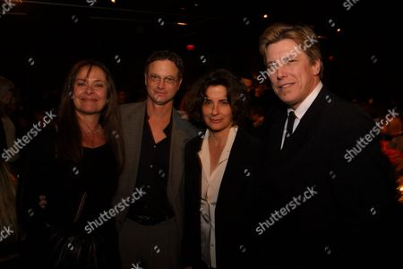 Moira Harris, Gary Sinise and Producers Lianne Halfon and Russel