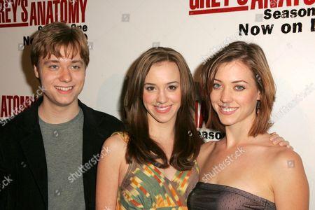 Cameron Bowen, Andrea Bowen and Jillian Bowen