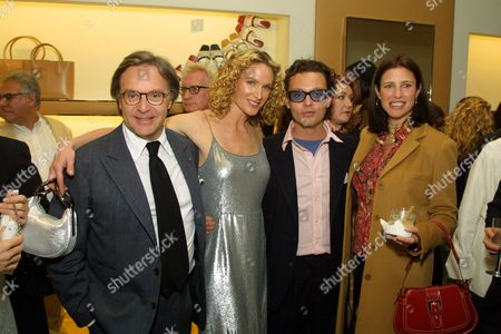 03/15/01 Diego Della Valle, Kelly Lynch, Emanuele Della Valle and Mimi Rogers at TOD'S Boutique in Beverly Hills. Mr. Diego Della Valle, Owner of the international luxury brand TOD's will be in Los Angeles to host the celebration in honor of the opening of the newly expanded TOD'S Boutique. A private dinner and after party will take place at Moomba Los Angeles. Photo®Alex Berliner/BEI