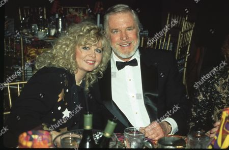 Sally Struthers and George Peppard
