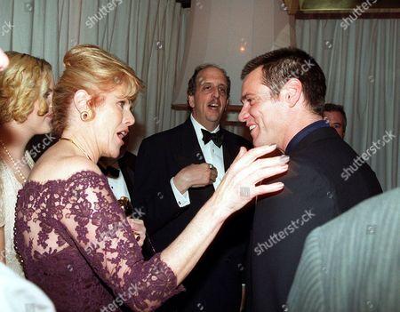 Lynn Redgrave, Vincent Schiavelli and Jim Carrey
