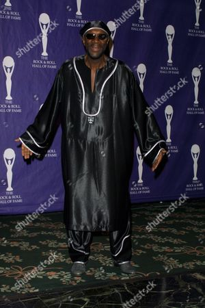 Inductee Isaac Hayes at the 17th Annual Rock and Roll Hall of Fame Induction Ceremony at the Waldorf Astoria Hotel in New York City on March 18, 2002.