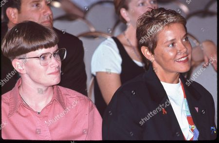 Candice Gringrich and Amanda Bearse