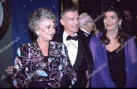 Joan Plowright, Roddy McDowall, Tasmin Oliver