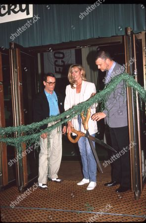Dean Stockwell, Susan Anton & Richard Moll