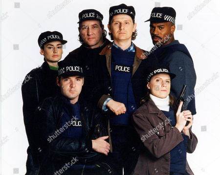 Stock Photo of BACK ROW POOKY QUESNEL, ROBERT WILLOX, REECE DINSDALE, GARY McDONALD FRONT ROW BRENDAN COYLE AND LYNDA STEADMAN IN 'THIEF TAKERS' - 1997