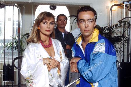 RACHEL FIELDING AND JOHN HANNAH IN 'BOON' - 1990
