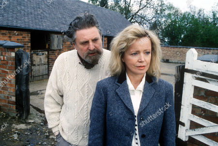 TERENCE RIGBY AND ANGHARAD REES IN 'BOON' - 1991